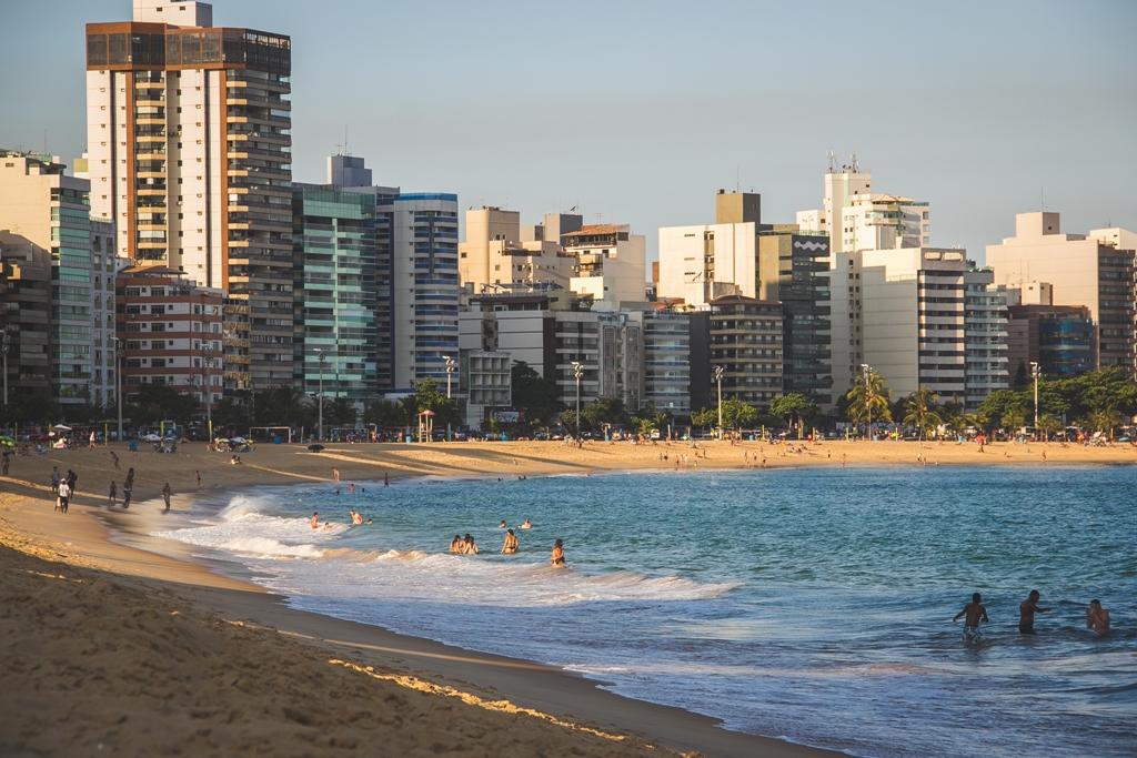 Praia da Costa é um dos motivos para morar em Vila Velha